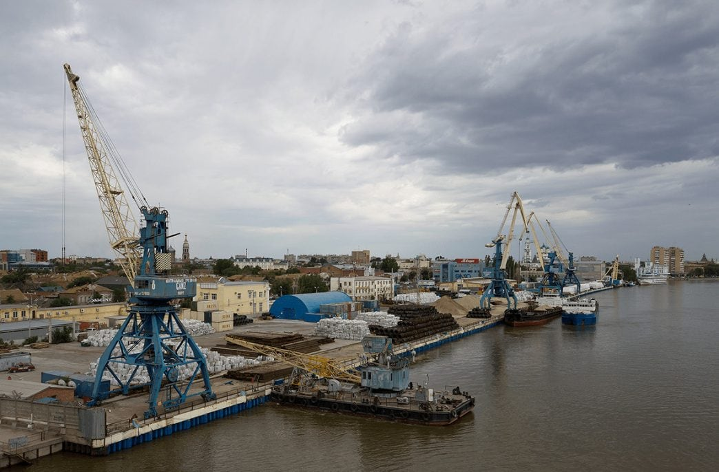 ФАС отдала Астраханский порт Иранцам
