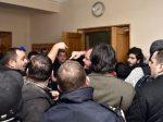 """Массовые увольнения на Руставском """"Азоте"""" привели к акциям протеста, есть пострадавшие"""