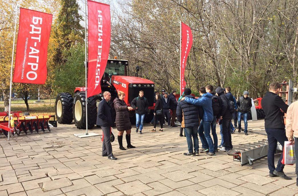 В Крыму прошла 2-ая специализированная агропромышленная выставка «РосКрымАгро»