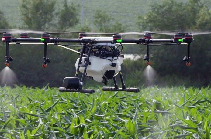 В Японии использование современных летающих дронов поднимет сельское хозяйство