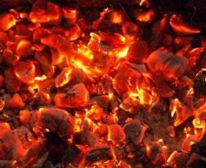 В Индонезии переработают горючий камень в карбамид