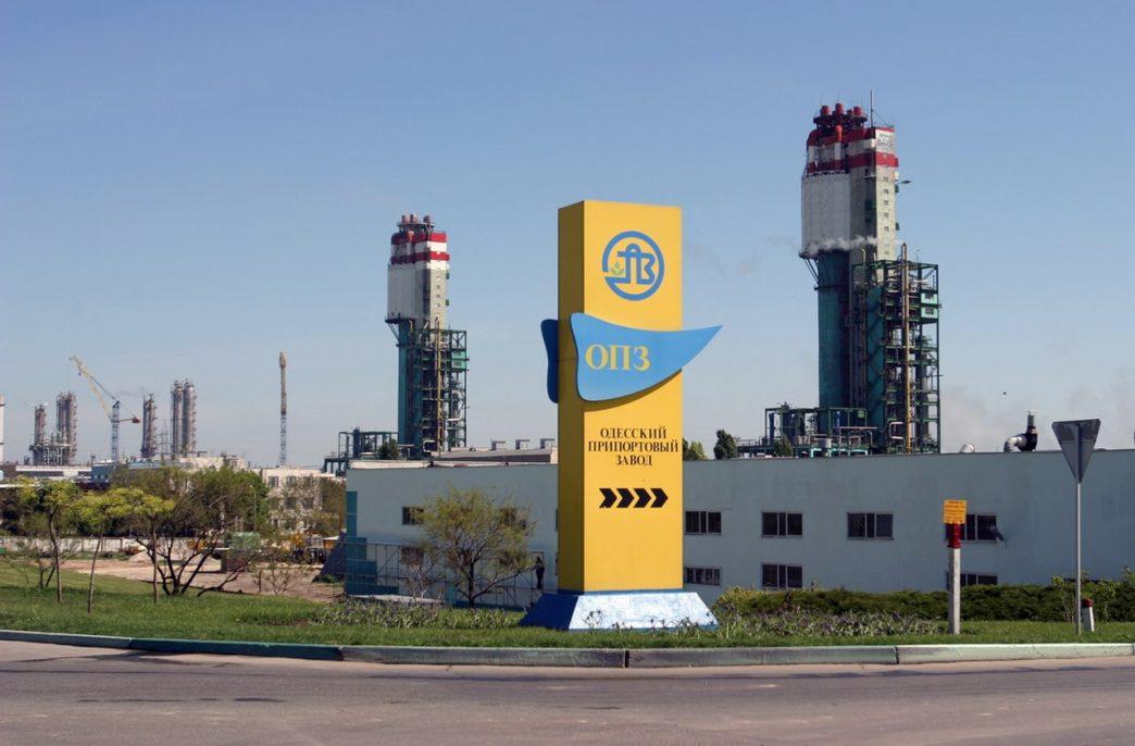 Одесский припортовый завод сократил выпуск карбамида