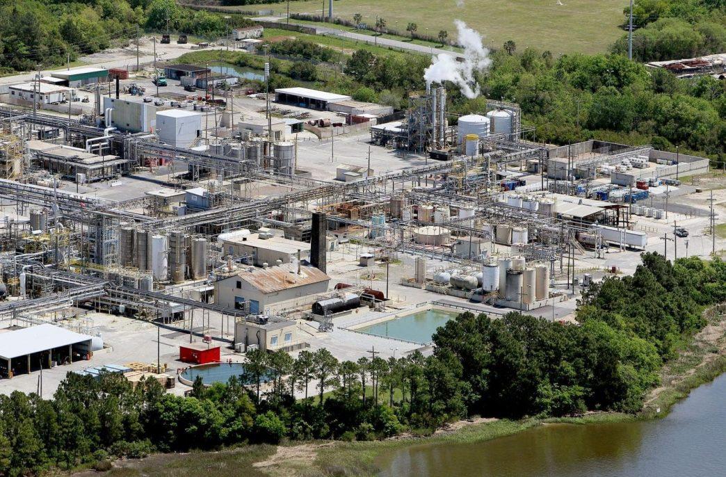Israel Chemicals меняет прописку