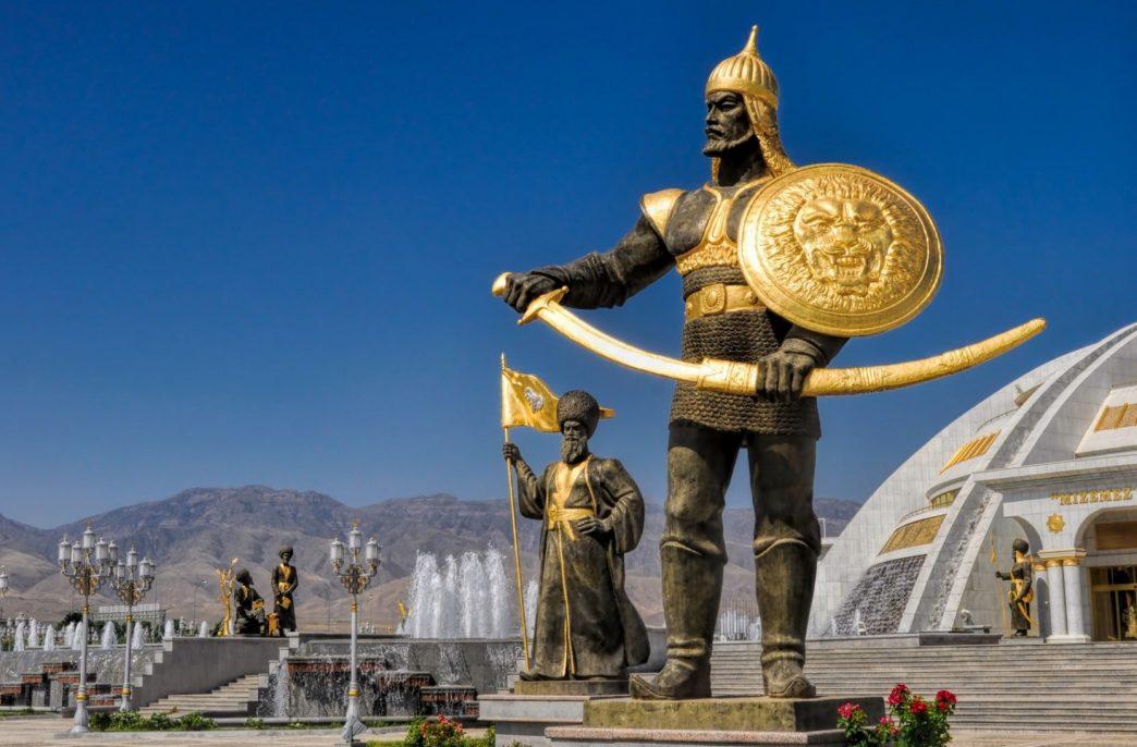 В Туркменистане запускается карбамидный завод