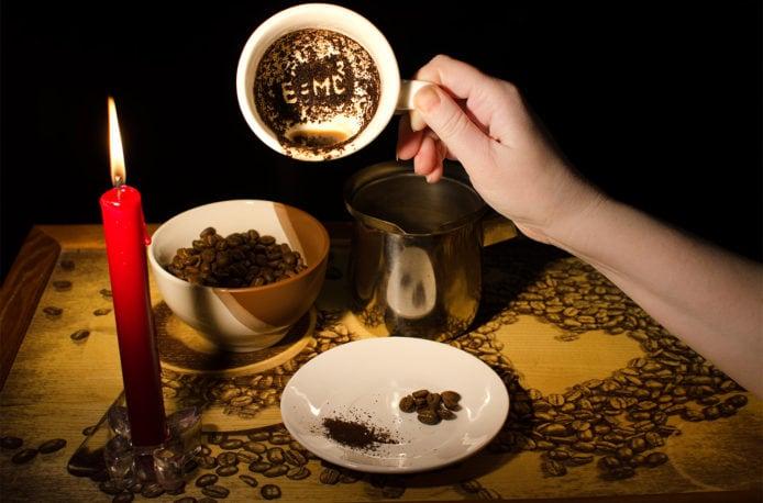 На кофейной гуще можно не только гадать