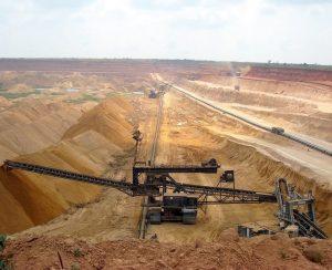 В Москве обсудили возможность приватизации Chemplex «Уралхимом»