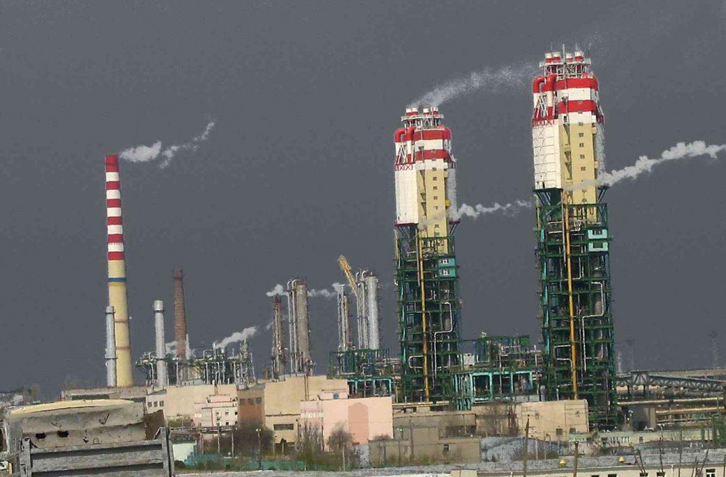 Одесский припортовый завод продолжает стоять