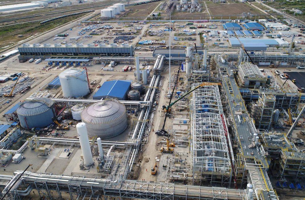Карбамидный завод Socar начнет экспорт в мае