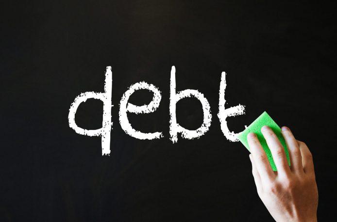 Omnia Holdings отчаянно борется с долгами