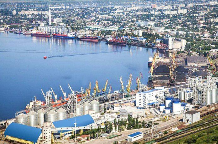 Одесский припортовый завод начал экспорт карбамида