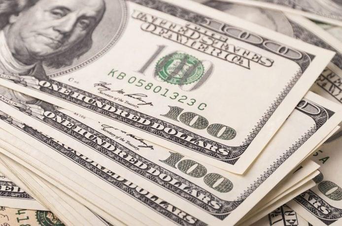 «Нефтегазхимкомплект» хочет взыскать доллары с предприятия «ЕвроХима»