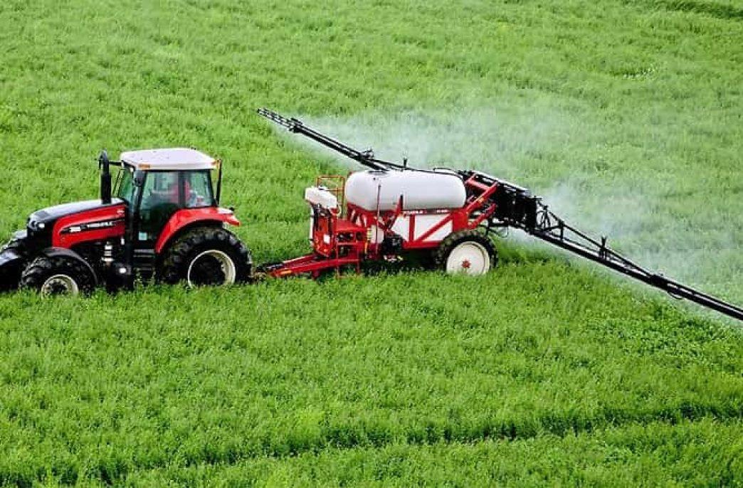 Машины для внесения удобрений: классификация, способы внесения