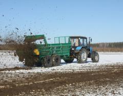 В Беларуси тормозитсявнесение органических удобрений