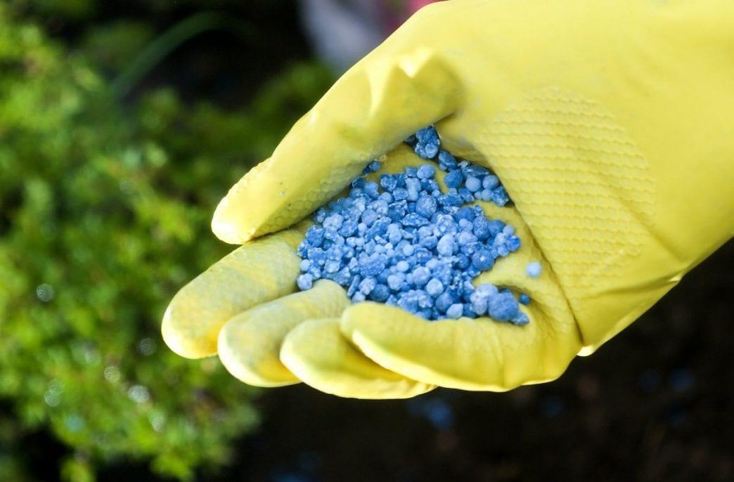 Выпуск фосфорных удобрений в России немного поднялся