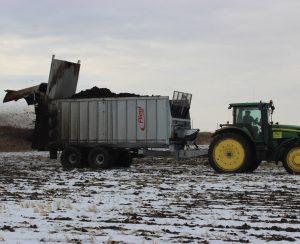 Внесение органических удобрений в Беларуси притормаживает
