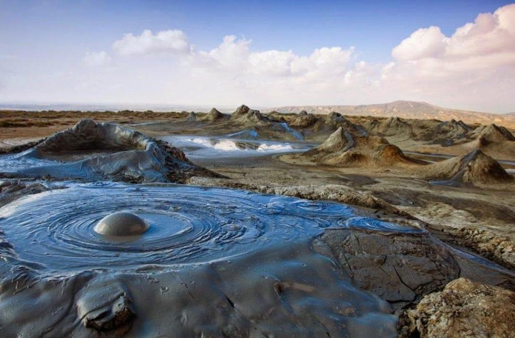 В Азербайджане разработали удобрение из грязи
