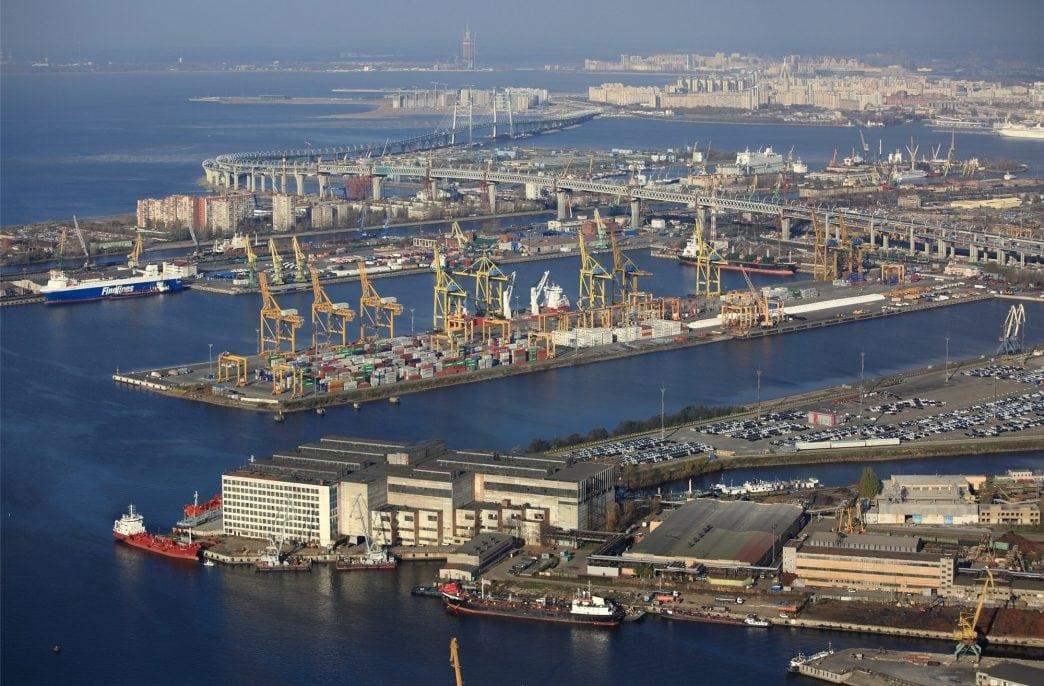 Беларусь готова переваливать калийные удобрения через порты России