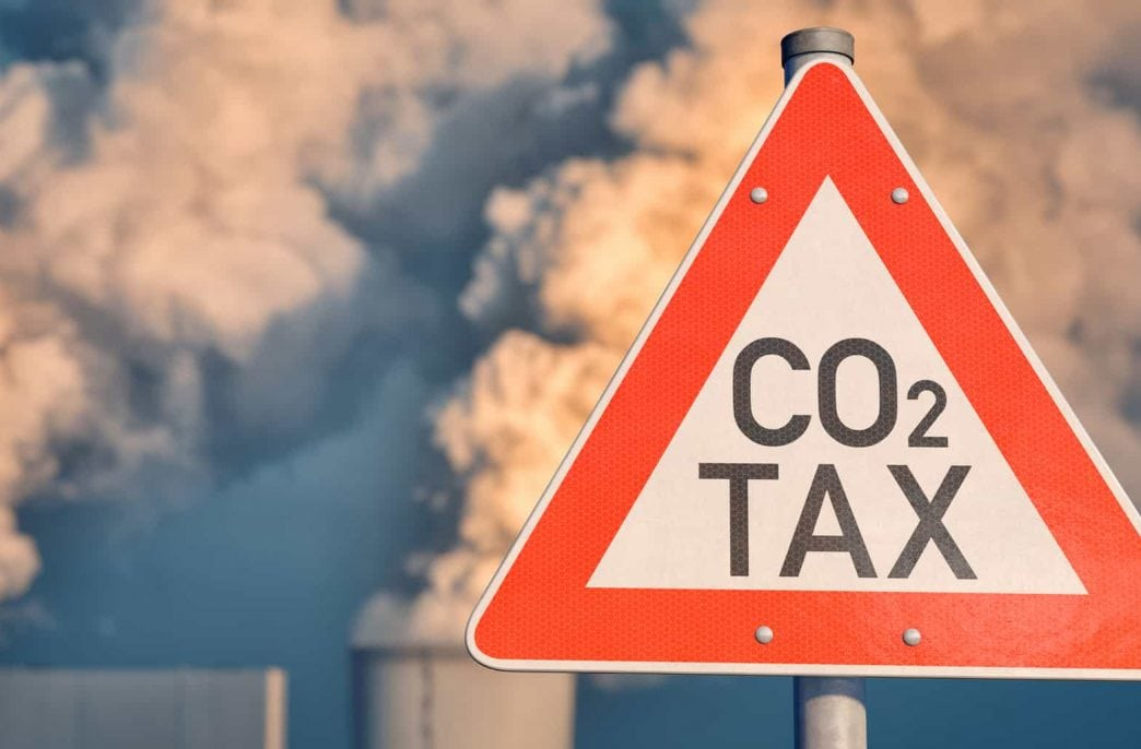Химическим компаниям предстоит столкнуться с углеродным налогом