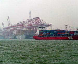 Китайские производители приостановят экспорт
