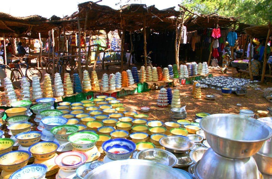 Поставщики обманывают фермеров на рынках Кении